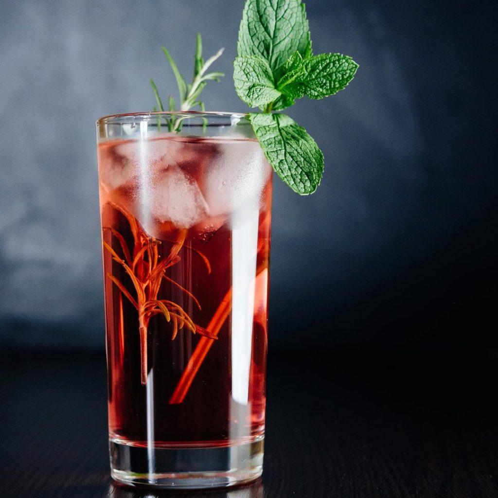 rhubarb pink gin